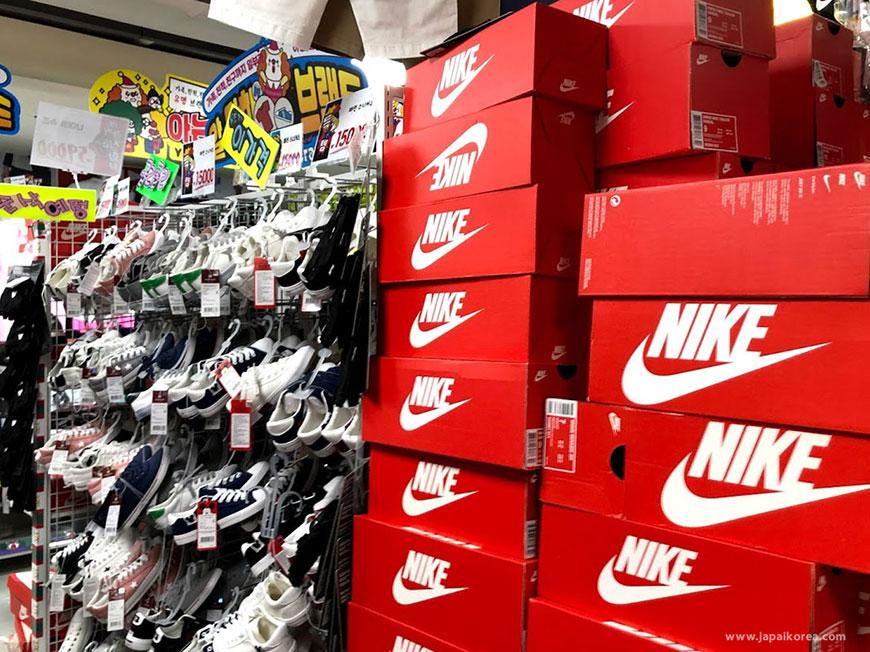 จำหน่ายรองเท้า Nike เกาหลี