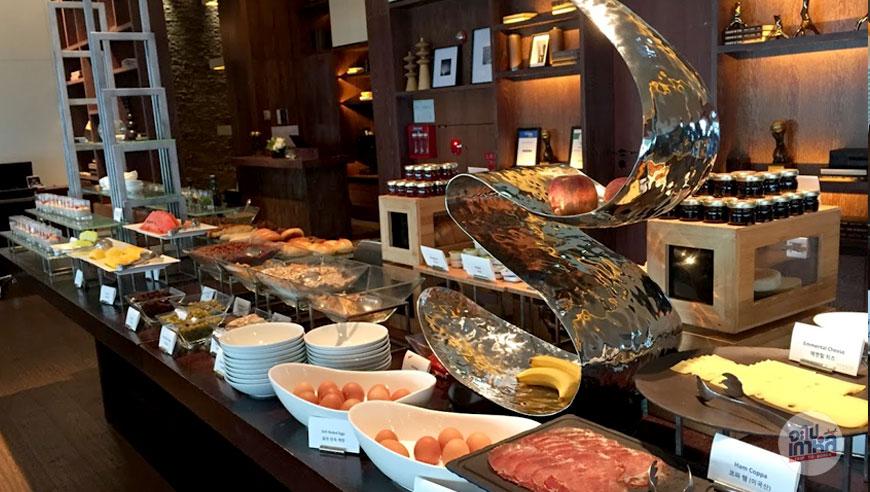อาหารเช้า โรงแรม Conrad Seoul