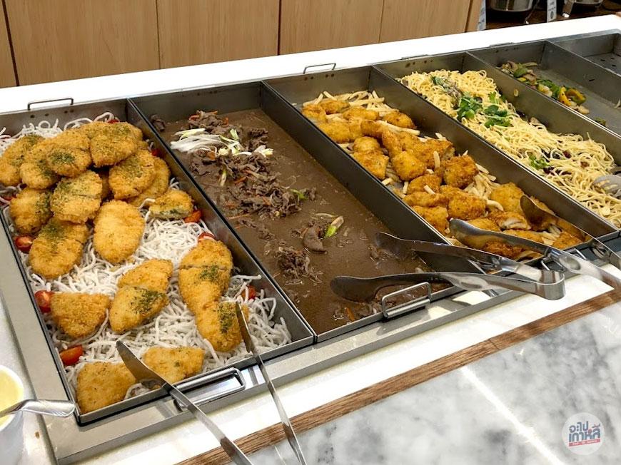 ร้านบุฟเฟ่ต์ อาหารเที่ยง กินคนเดียว ในเกาหลี